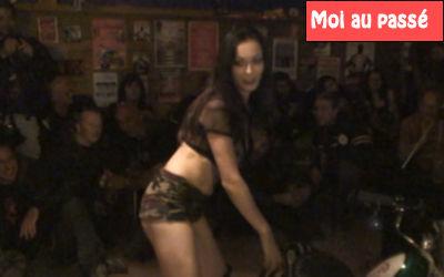 Show sexy et striptease avec des Bikers !